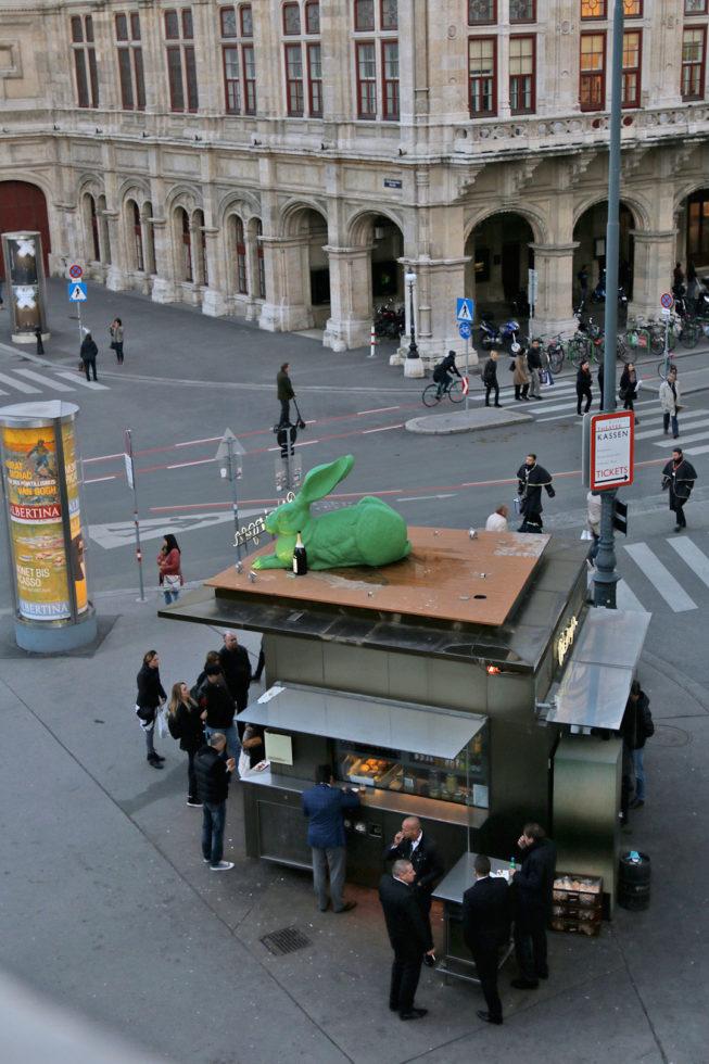 Meine 5 Highlights in Wien - Würstelstand an der Wiener Staatsoper