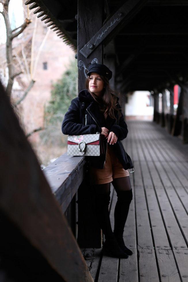 Outfit fotografiert am Henkersteg, Nürnberg
