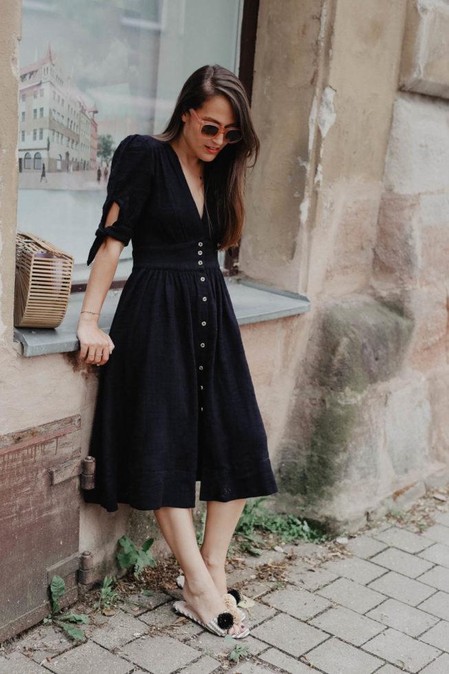 Der Sommertrend 2018 — Kleider mit Knopfleiste