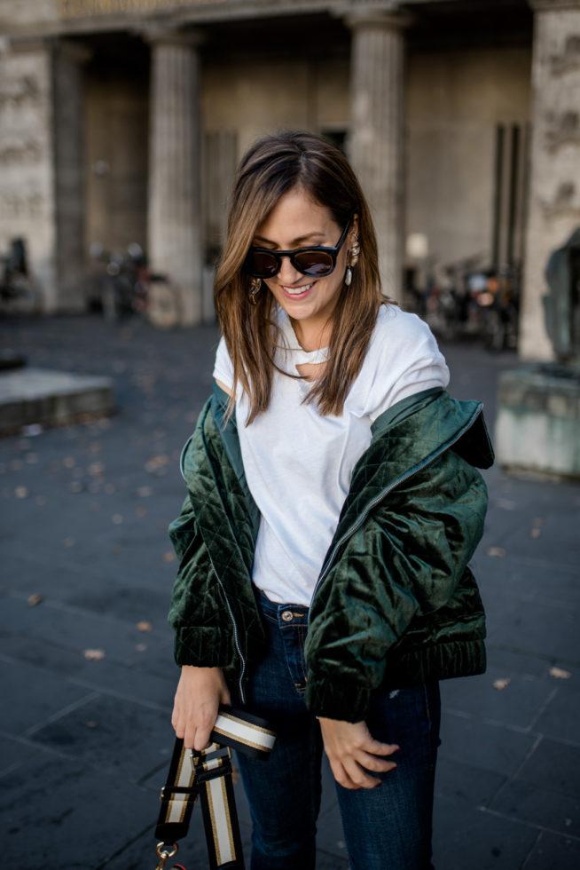 Die Suche nach dem perfekten weißen T-Shirt