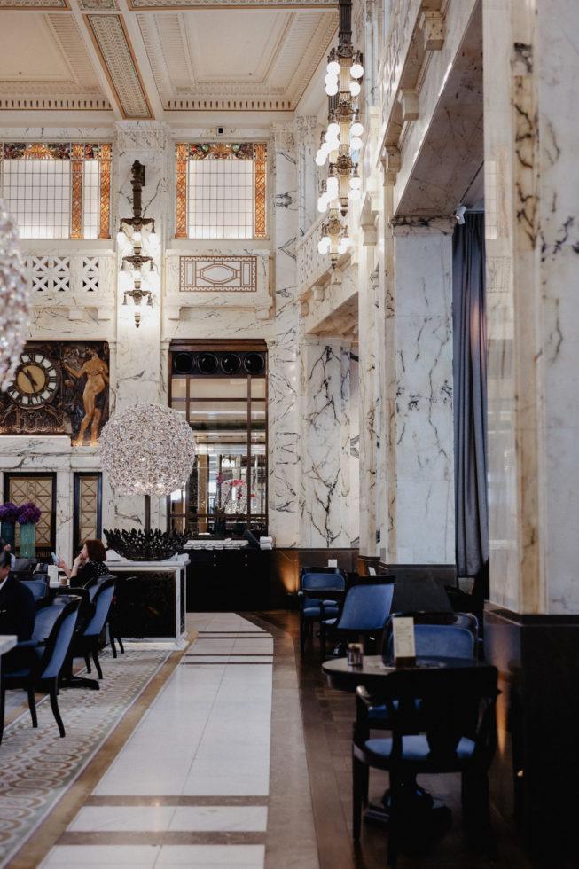 Nikolaus Gewinnspiel: Gabelfrühstück für Zwei im The Bank | Park Hyatt Vienna