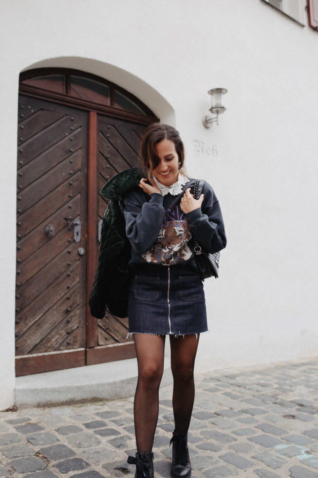 Blog Your Style Sweatshirt Pieces Of Mariposa