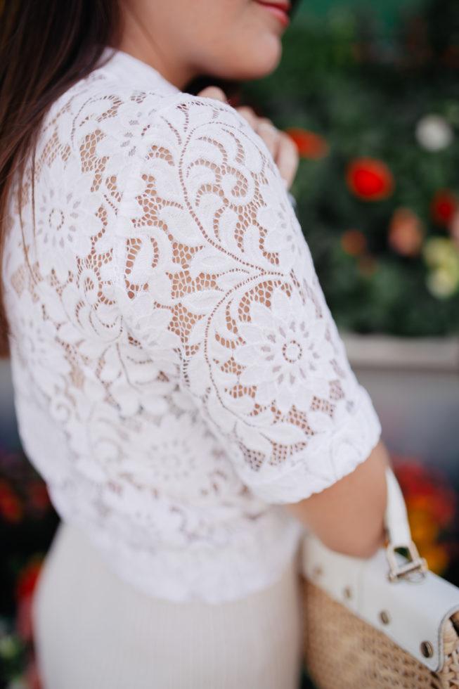 Summer Neutrals, Sommerlook mit weißer Spitzenbluse