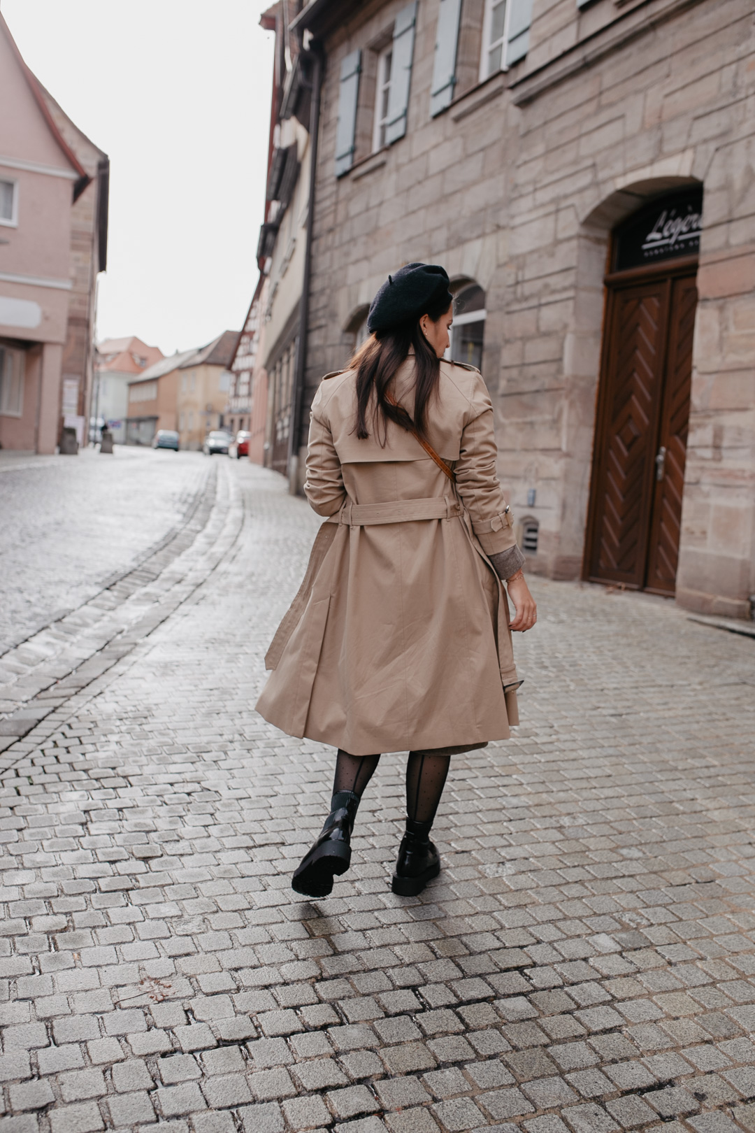 Outfit mit Trenchcoat und Chunky Boots - Pieces of Mariposa / Fashion & Lifestyle Blogger Nürnberg
