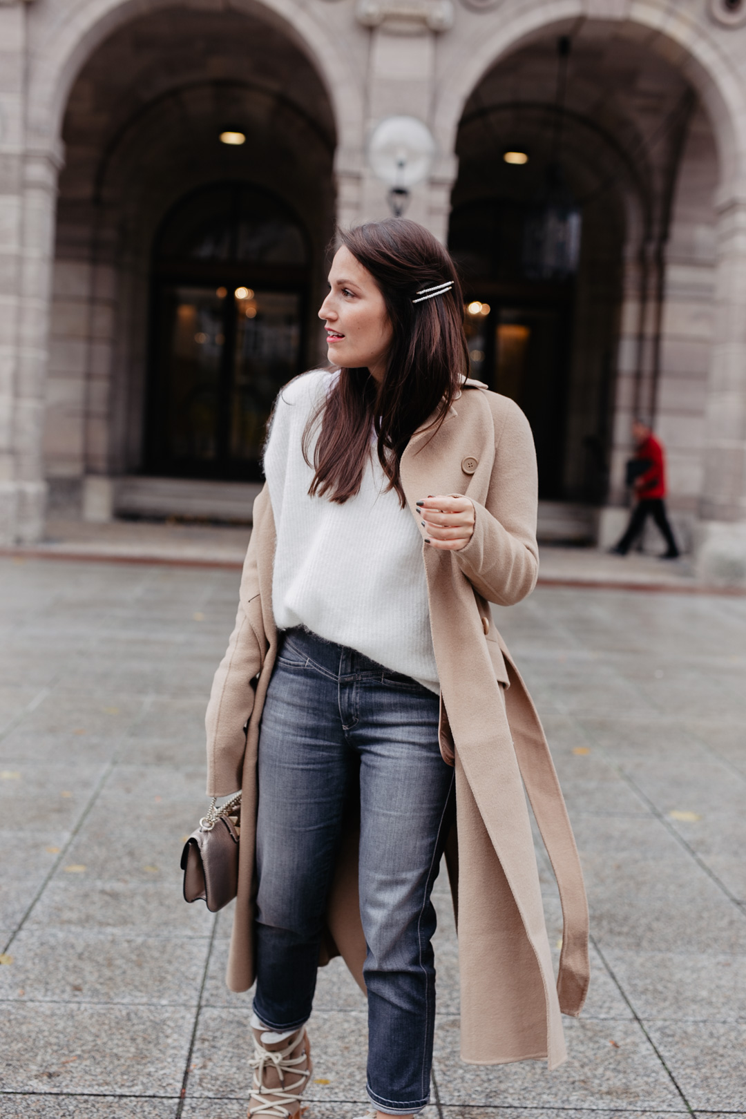 Winterlook mit Camel Coat - www.piecesofmariposa.com // Fashion & Lifestyle Blog Nürnberg