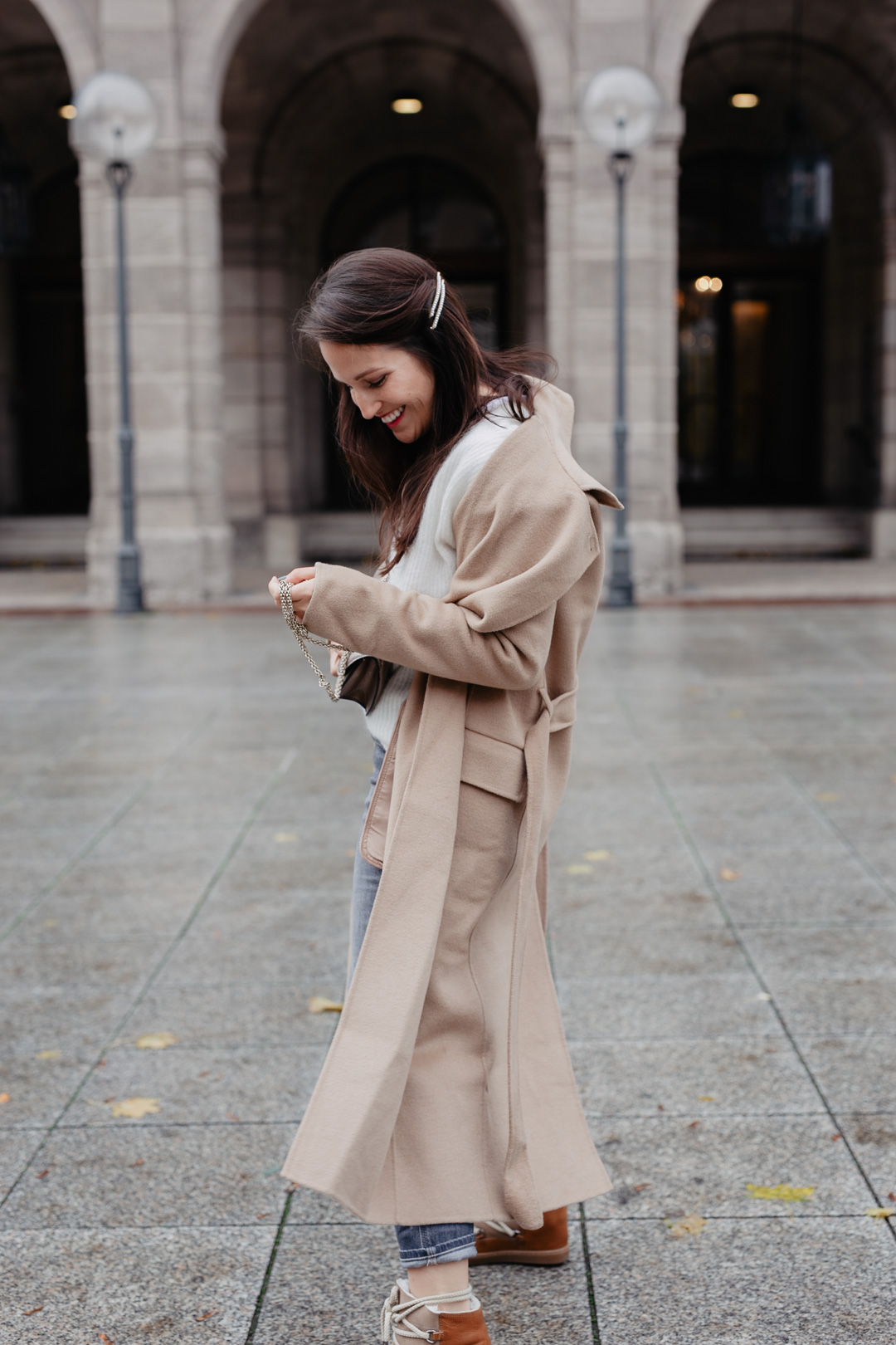 Der perfekte Camel Coat - www.piecesofmariposa.com // Fashion & Lifestyle Blog Nürnberg