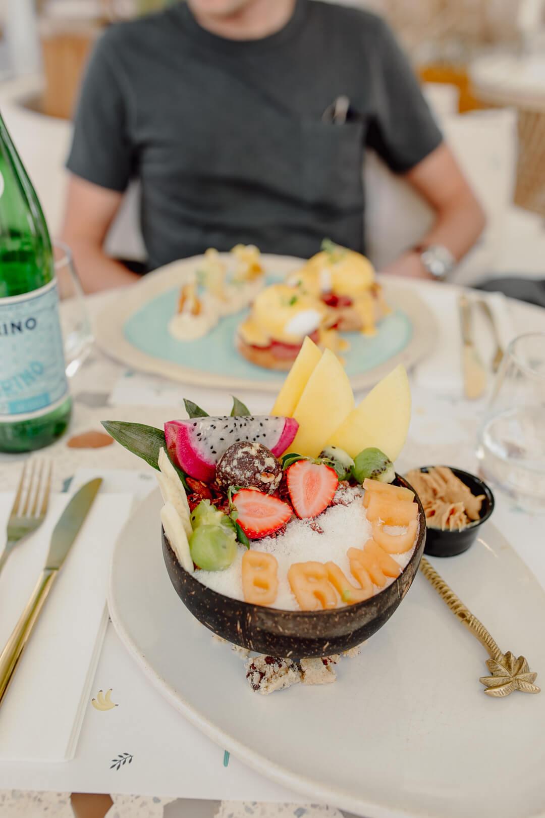 Frühstück im Brunch & Cake Dubai - Pieces of Mariposa // Lifestyle Blog aus Nürnberg