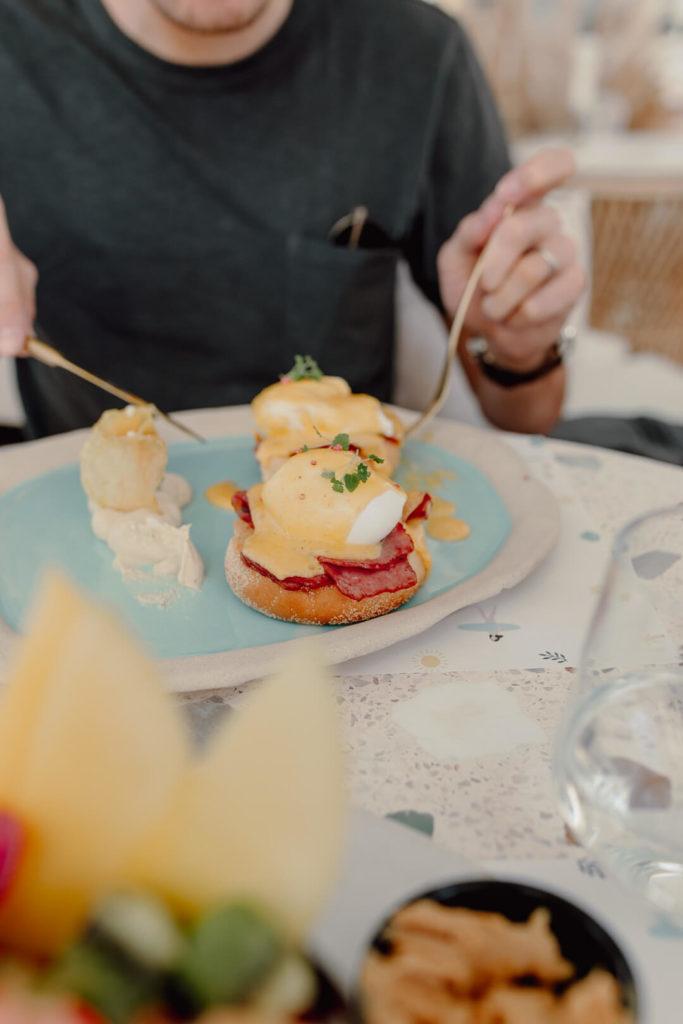 Frühstück im Brunch & Cake Dubai