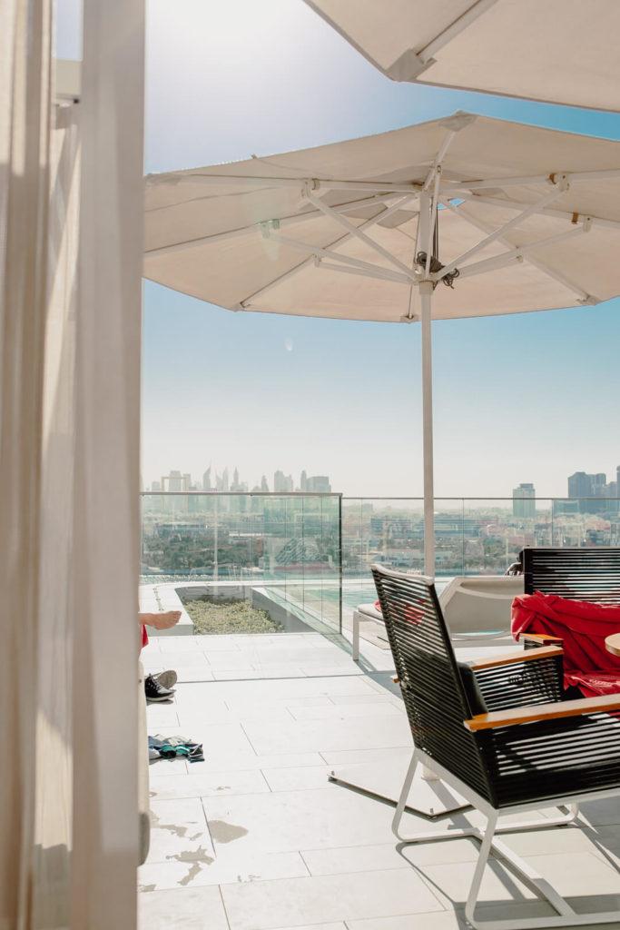 Pool im Al Bandar Rotana Dubai