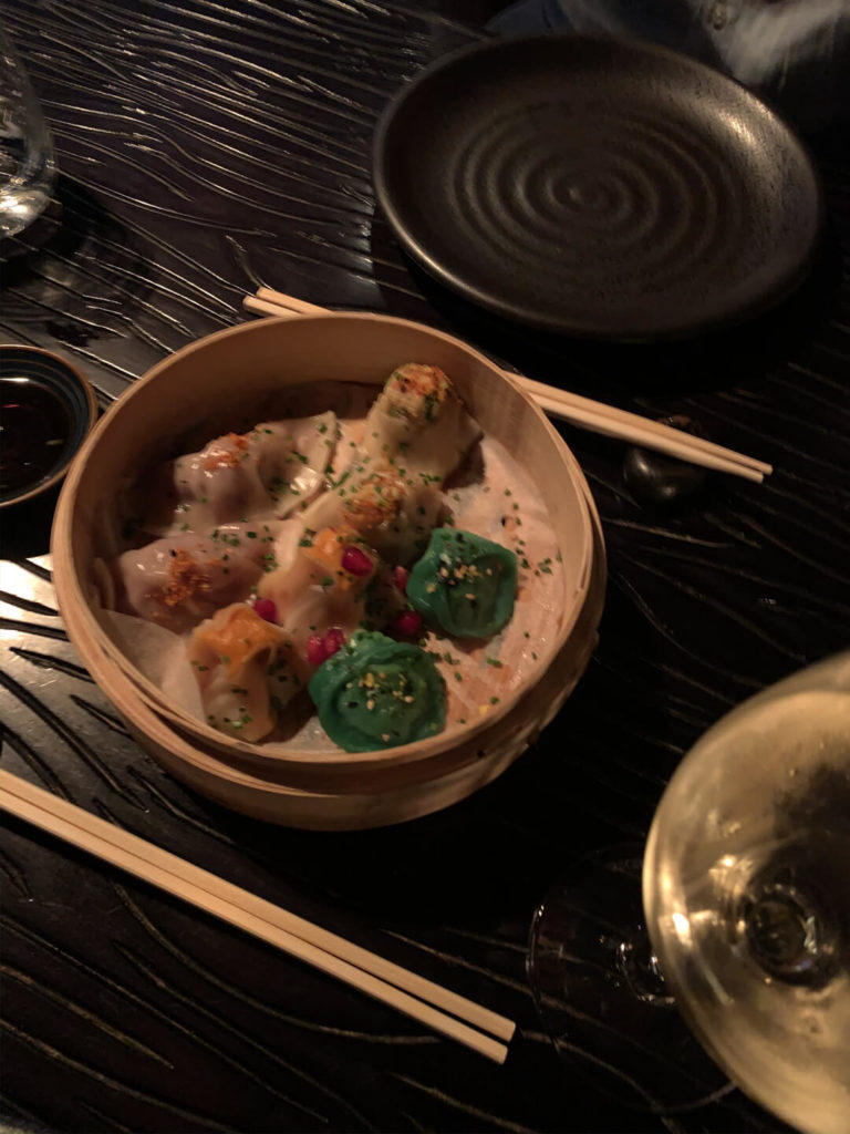 Asis Asia Pier 7, Sushi essen in Dubai Marina