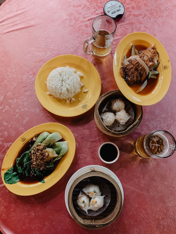 Die besten Hawker in Singapur: Der Makansutra Gluttons Bay Food Court