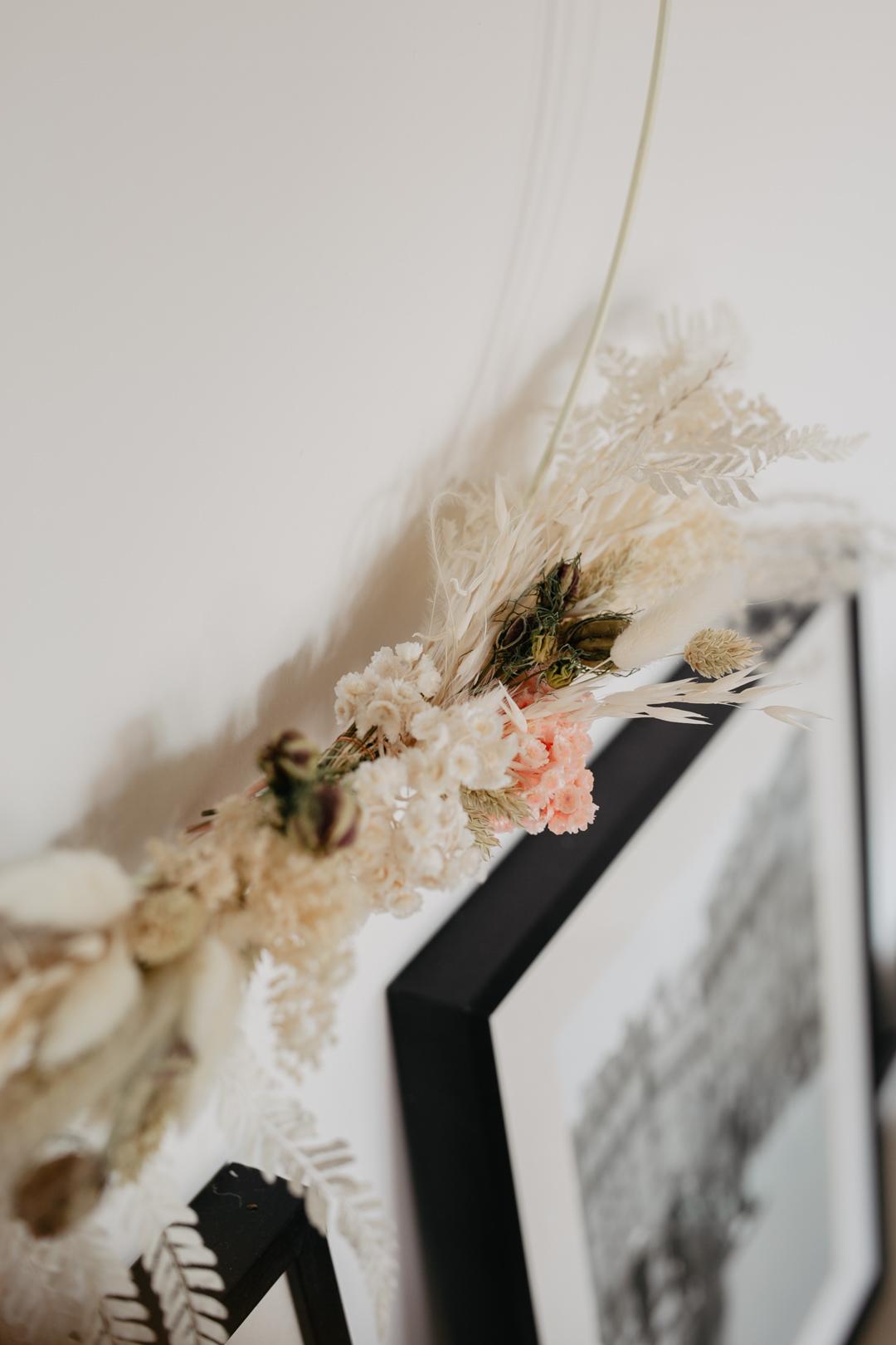 Selbstgemachter Kranz aus Trockenblumen - Pieces of Mariposa // Lifestyle Blog aus Nürnberg
